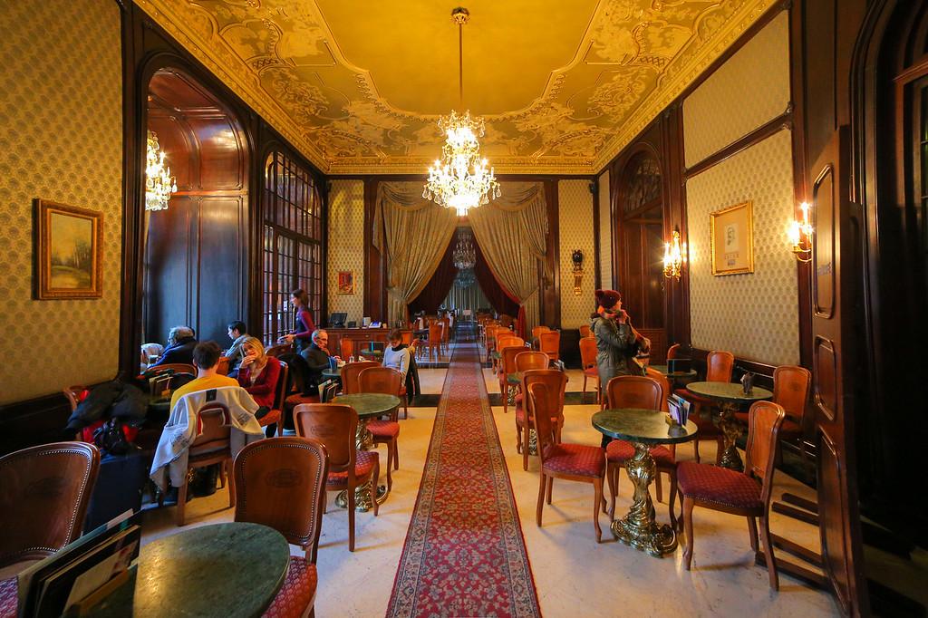 Gerbeaud Budapest inside