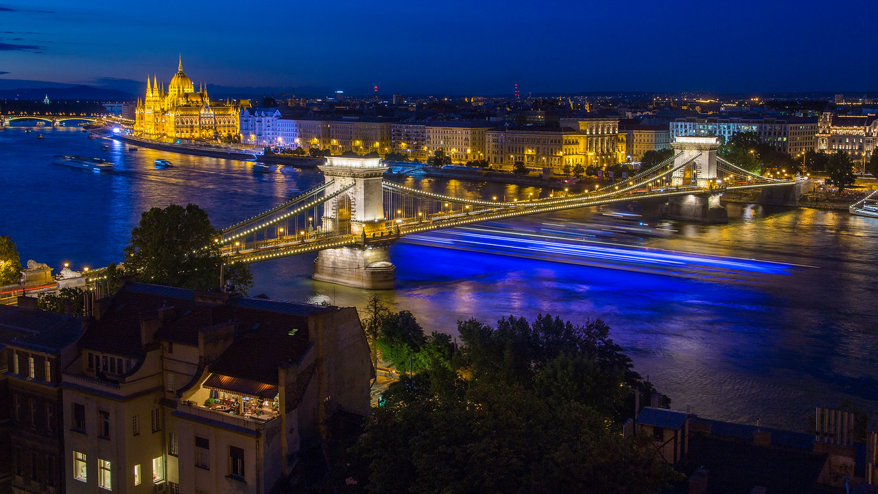 Blue lighttrails under Chain Bridge Budapest